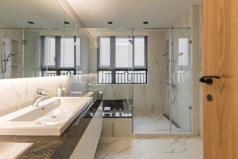 15 mẫu nội thất phòng tắm đẹp ngất ngây cho nhà ống siêu nhỏ